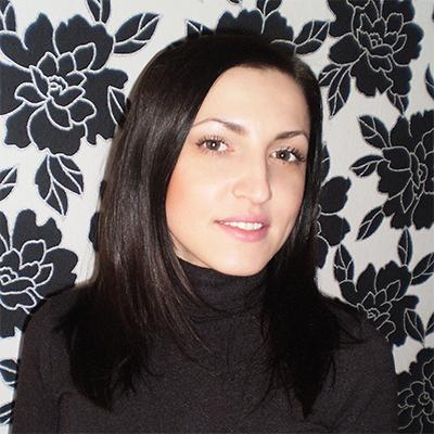 Яна Разумова